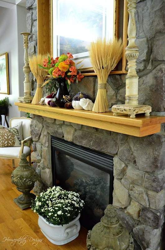 Fall Mantel-Housepitality Designs
