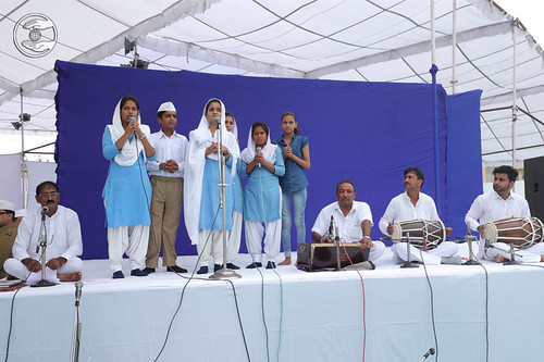 Welcome song by Bal Sangat Rohtak