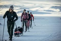 Back-country lyže a běžky se šupinami