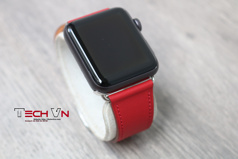 Techvn - Dây đeo apple watch Classic Buckle Red 01