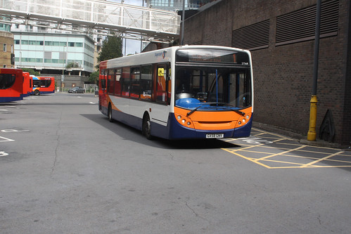 Stagecoach South 27568 GX58GNV