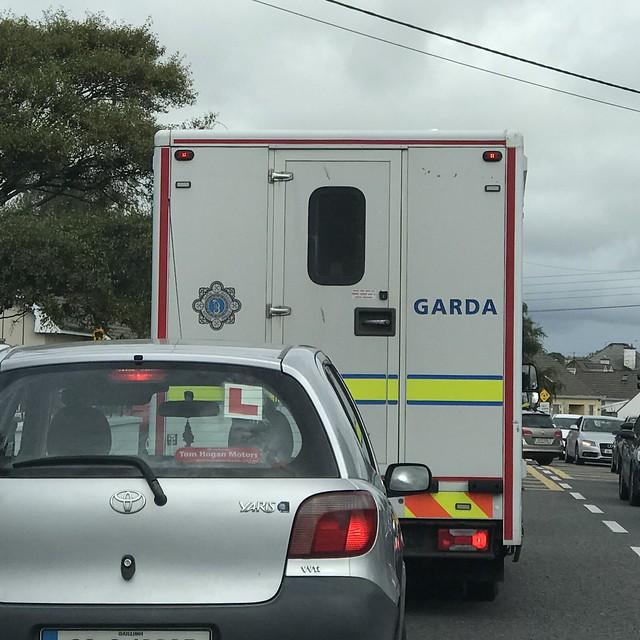 Stuck In Traffic - Police Prisoner Transport Van - Irish Police / An Garda Siochana