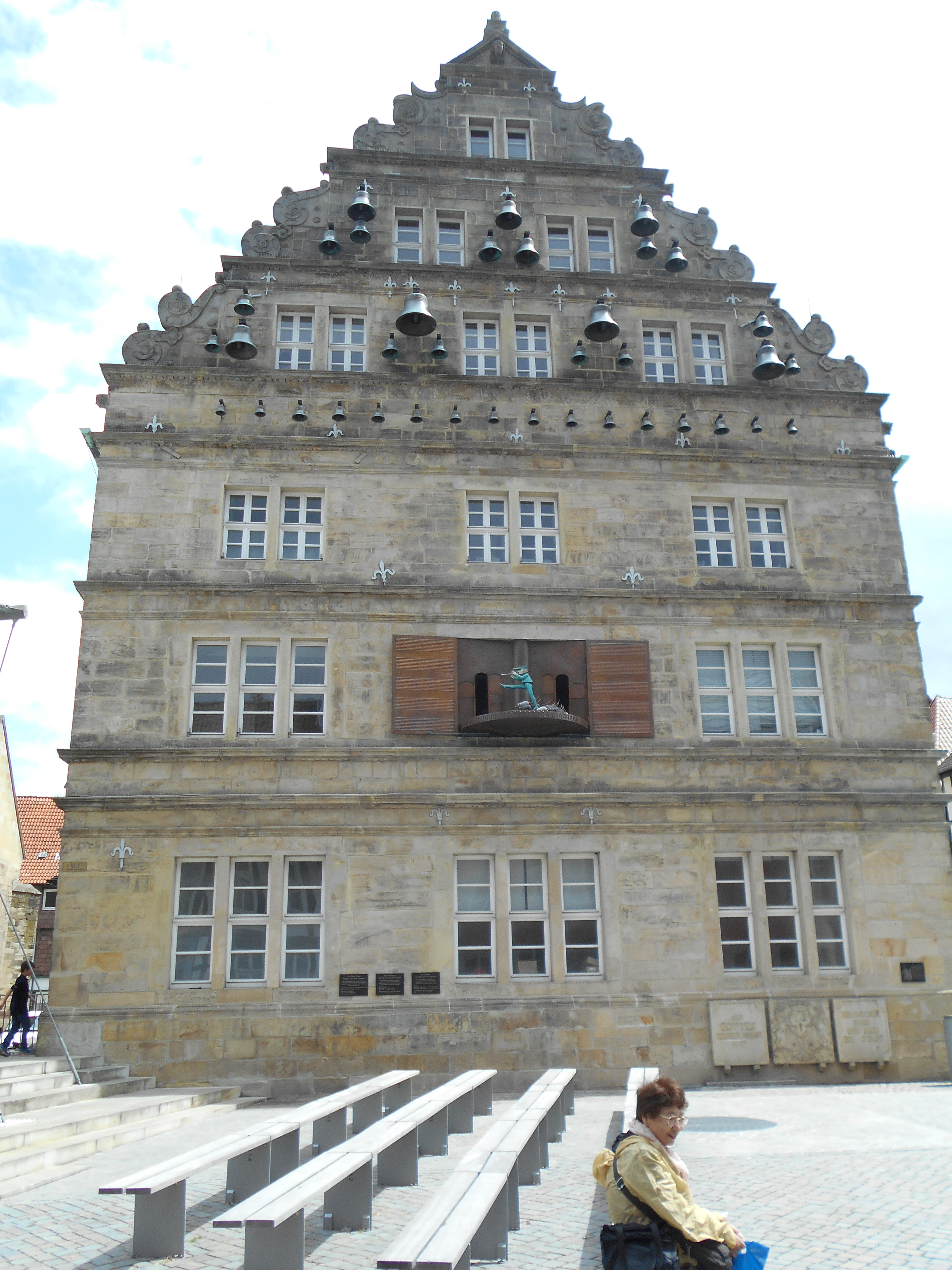 The Hochzeitshaus in Hamelin, Germany. The church's Glockenspiel plays the story of the Pied Piper of Hamelin. Photo taken on July 13, 2016.