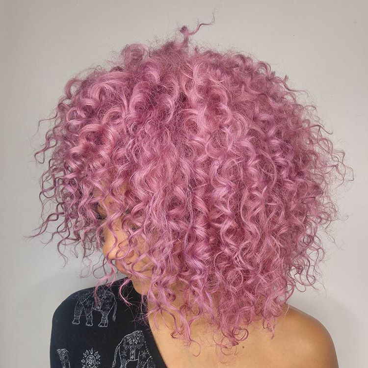 Best Haircuts For Curly Hair 2019 That Stand Out 15