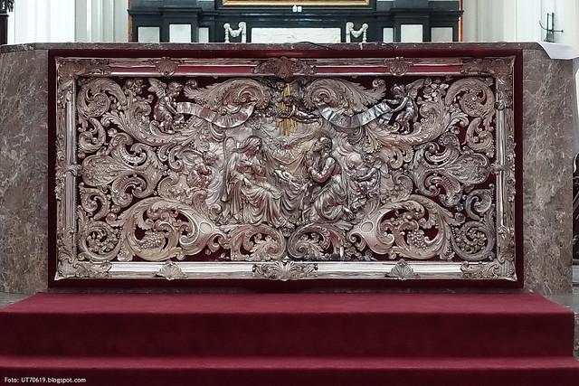 silberner Altar