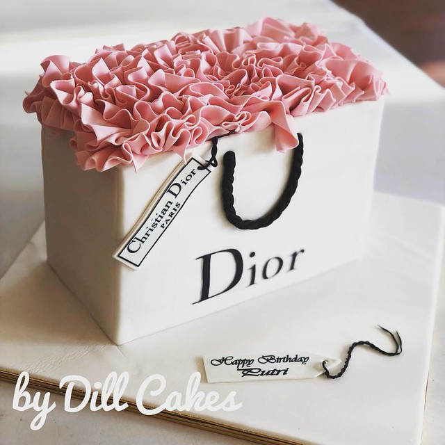 Cake by Dill Cakes
