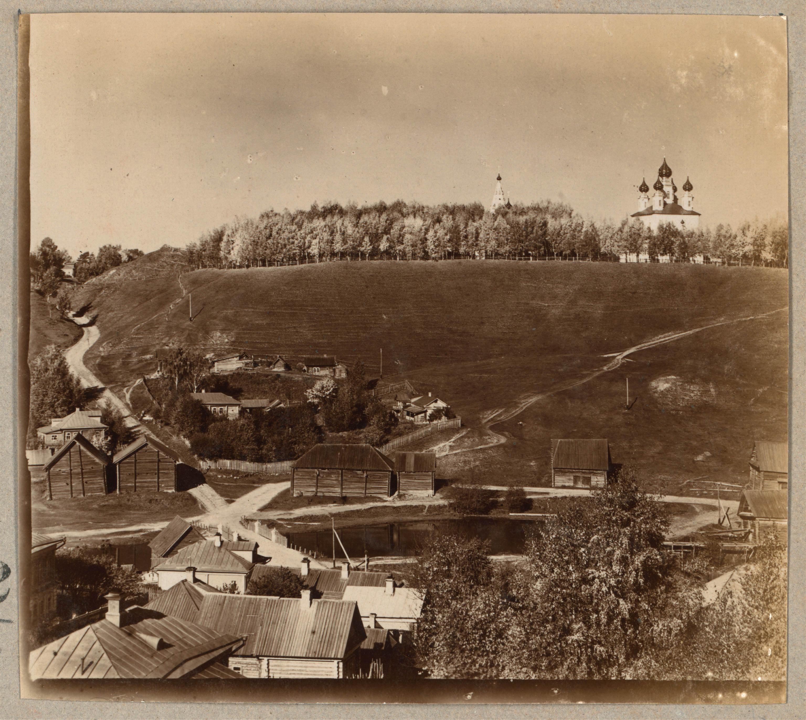 Вид на Успенский собор с востока
