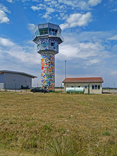 Leipzig–Altenburg Airport controle tower in Nobitz.