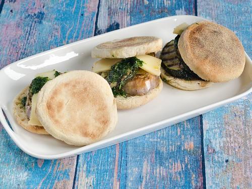 Auberginen-Zucchini-Sandwich mit Piso (1)