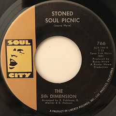 THE 5TH DIMENSION:STONED SOUL PICNIC(LABEL SIDE-A)