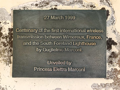 Photo of Elettra Marconi and Guglielmo Marconi bronze plaque