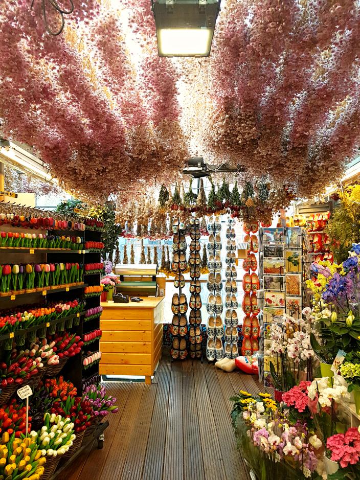 Flower market. 1