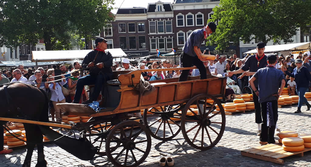 Gouda The Netherlands, traditional cheese market Gouda, The Netherlands | Your Dutch Guide