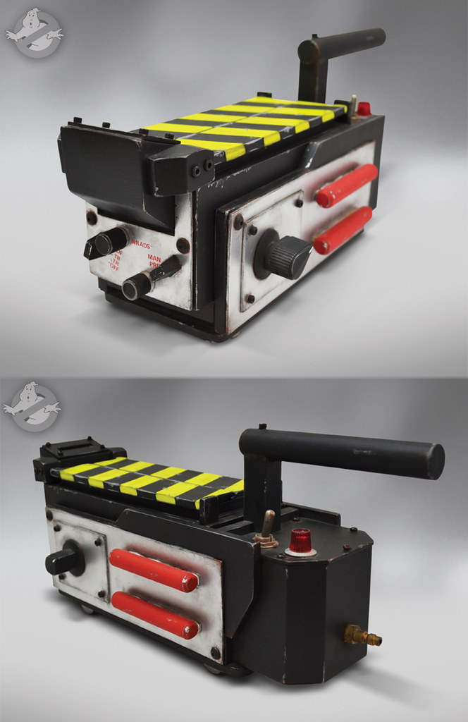 Ghostbusters Ghost Trap 1:1 by Hollywood Collectibles Group