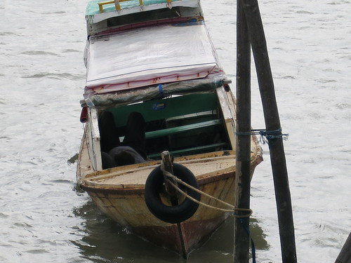 Perahu di Pelabuhan Sri Bintan Pura, Pulau Bintan