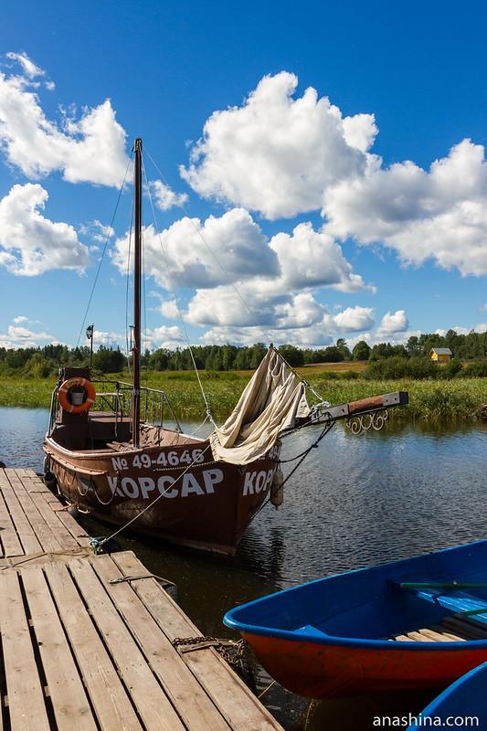 Яхта в старинном стиле, Ладожское озеро, Берёзово