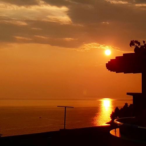 Almissa: tramonto vista mare