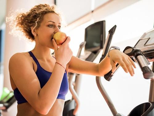 nhịn ăn khi tập