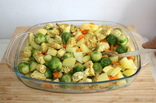 46 - Hähnchenbrust & Gemüse vermischen / Mix chicken & vegetables