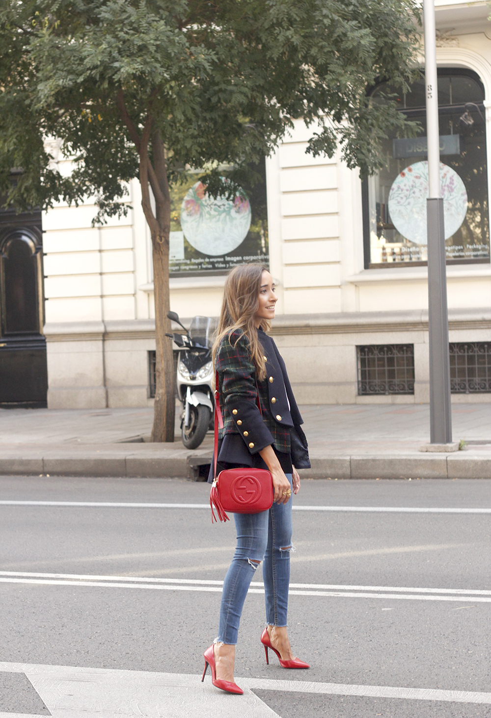 CHECKED BLAZER highly preppy gucci bag ripped jeans street style 2018 outfit14