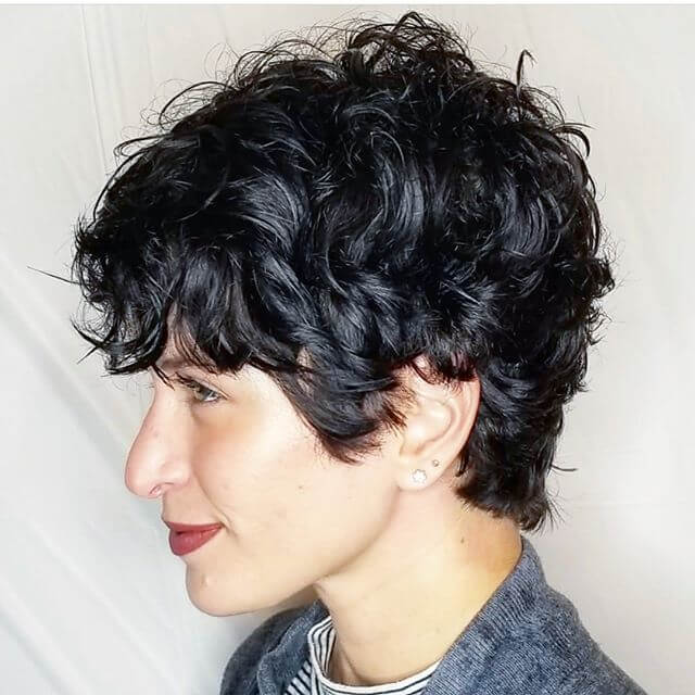 Best Bold Curly Pixie Haircut 2019- 50 Hairstyle Inspirations 17