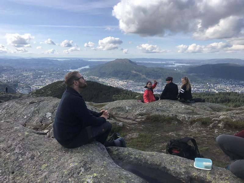 Mellomtrinnet på tre fjell