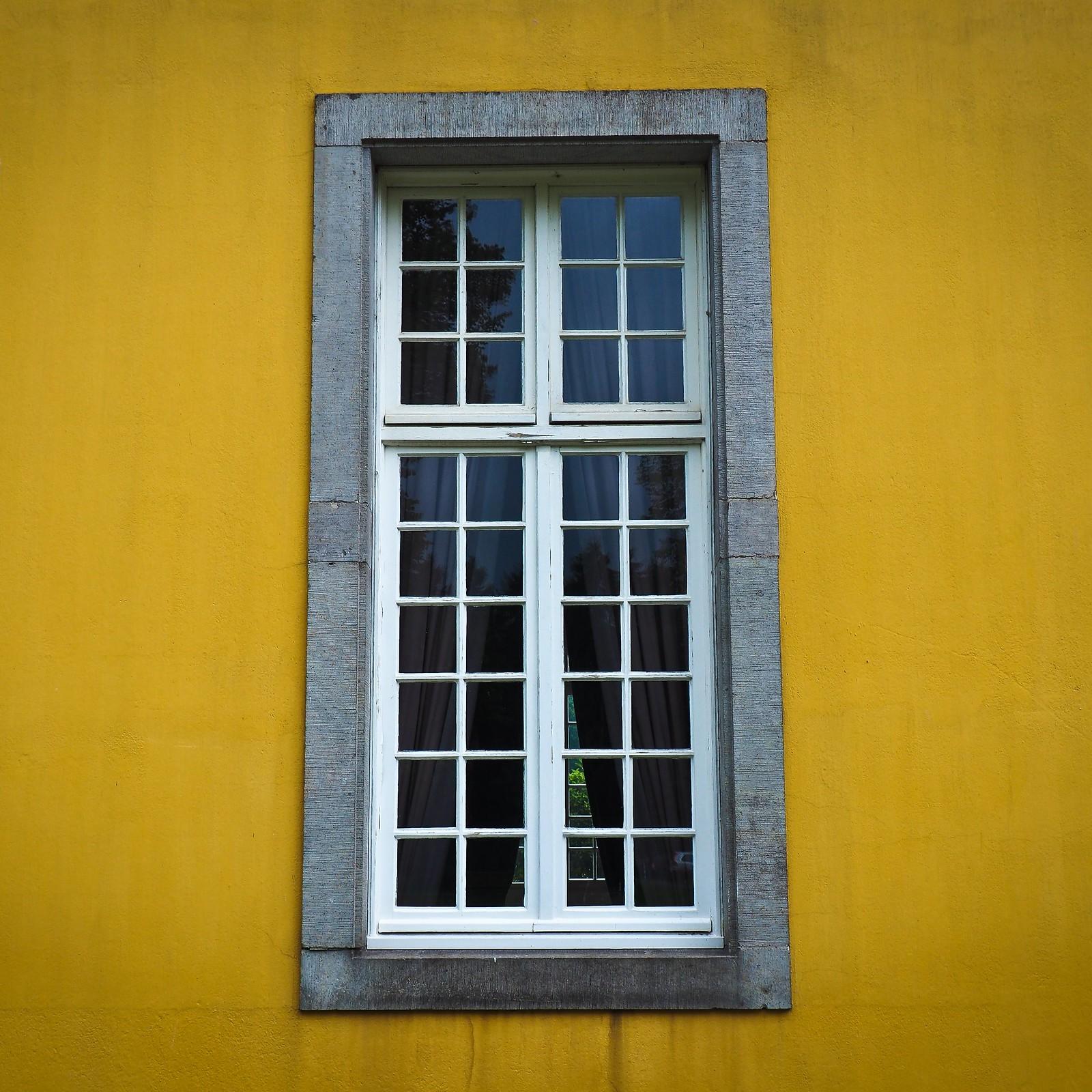 Деревянные окна: материалы, сборка и утепление архитектура
