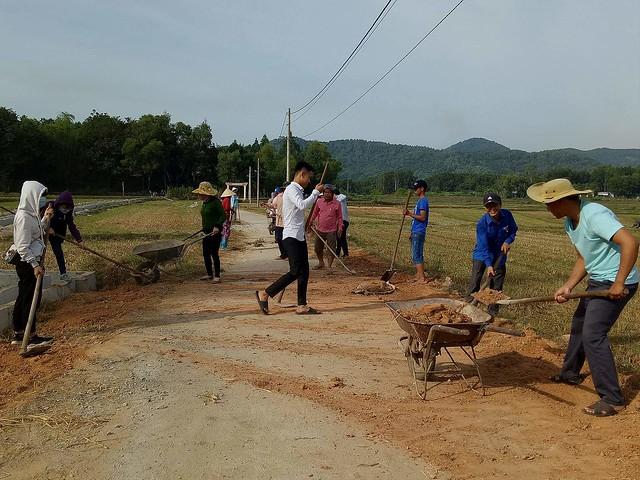 Tuổi trẻ Tam Đại tham gia xây dựng khu dân cư Nông thôn mới kiểu mẫu