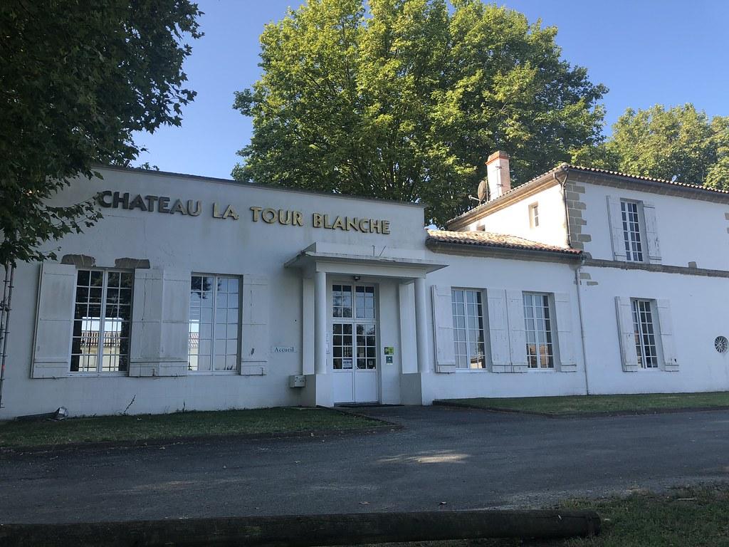 Chateau latour blanche sauternes 1