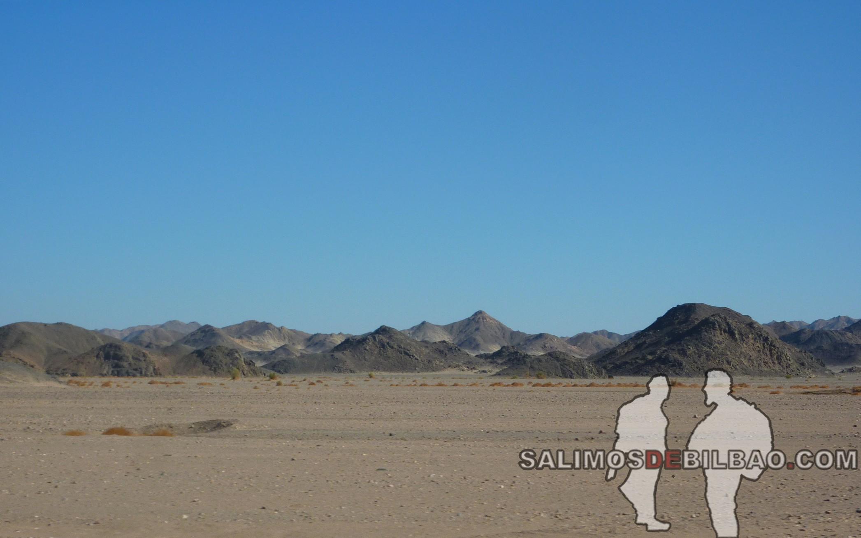 1065. Camino de Luxor a Marsa Alam