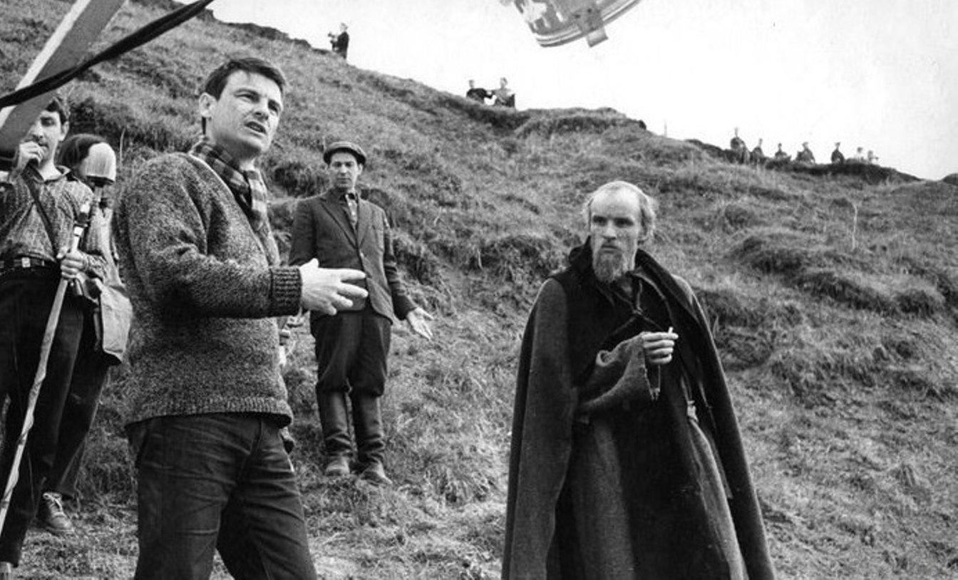 На съёмках фильма «Андрей Рублёв», 1965.