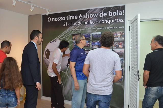 Diretoria Executiva presta homenagem ao time de futebol da AMMA