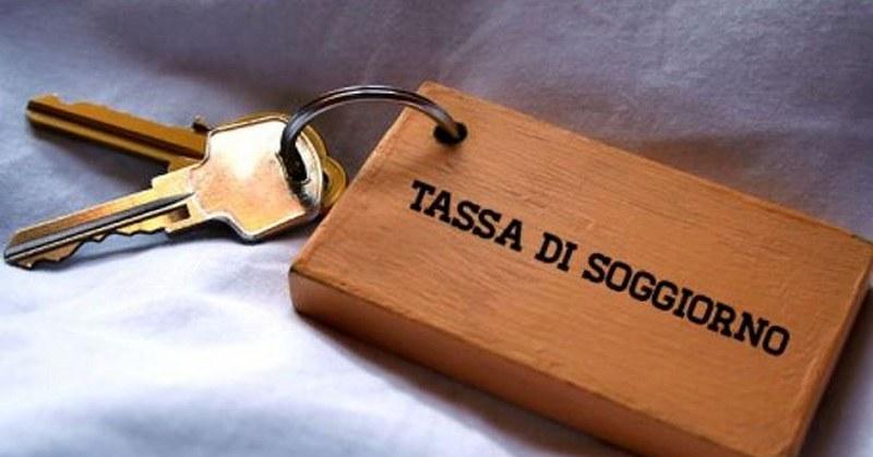 Salerno, recuperati 500mila euro di tassa di soggiorno non versata