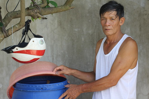 Mr. Le Thanh Duc has resumed making fish sauce