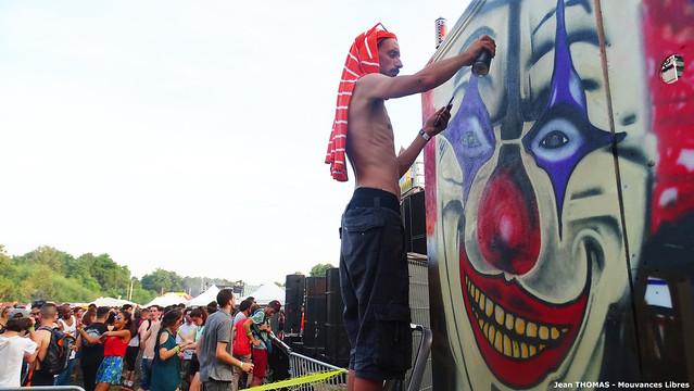 Festifl'art 10 - graffeur de la fête copie