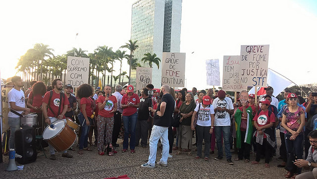 Demonstrators gather outside Brazil's Supreme Court building on Tuesday - Créditos: Adi Spezia / MPA & Rede Soberania