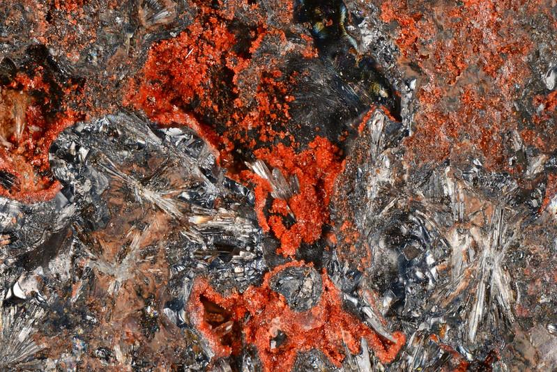 コラロ石 / Coralloite