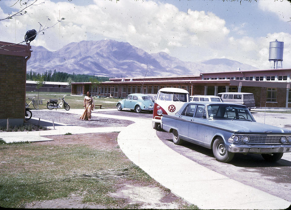 Color Photos of Afghanistan in The 1960s by Bill Podlich (16)