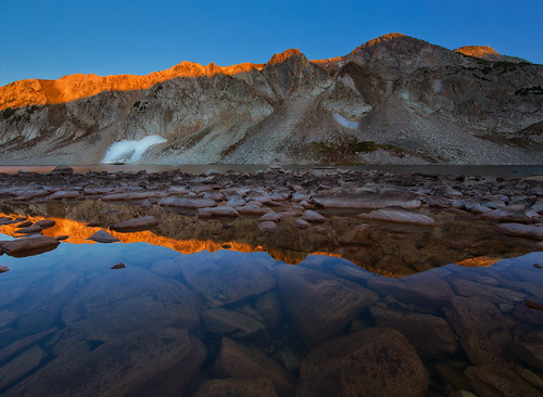 wyoming sunrise medicinebownationalforest snowyrange rockymountains canon6d canonef14mmf28lii