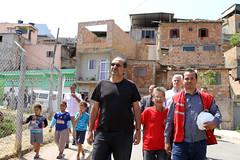 Prefeito visita obras de urbanização na Vila Jardim do Vale