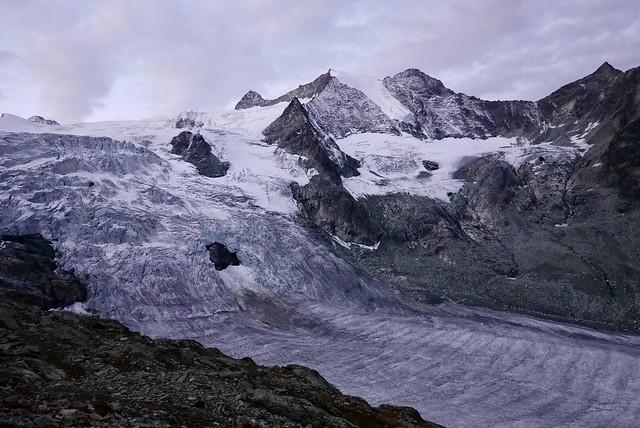 Glacier rippling down