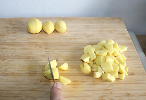 20 - Kartoffeln würfeln / Dice potatoes