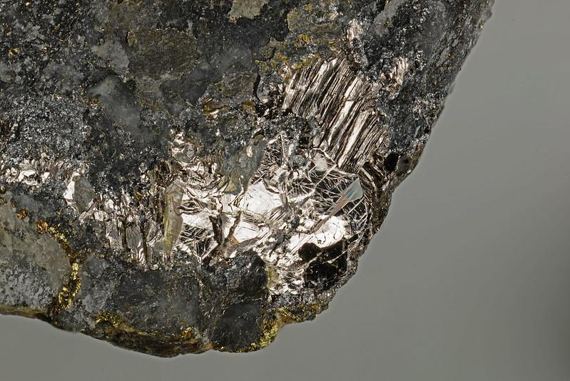 生野鉱 / Ikunolite