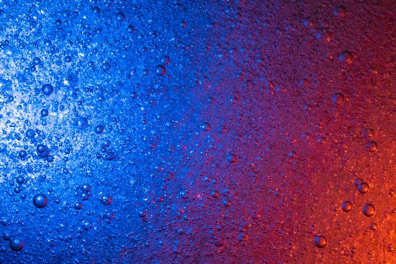 Dish Soap Bubbles - Red Vs Blue