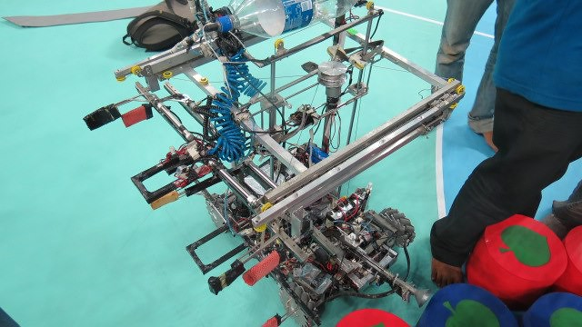 Robocon 2013 MIT Tech Team Pune: at nationals