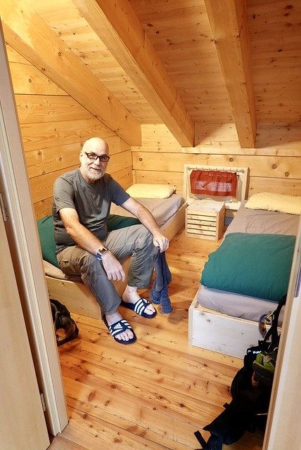 Roomlet at the cabane