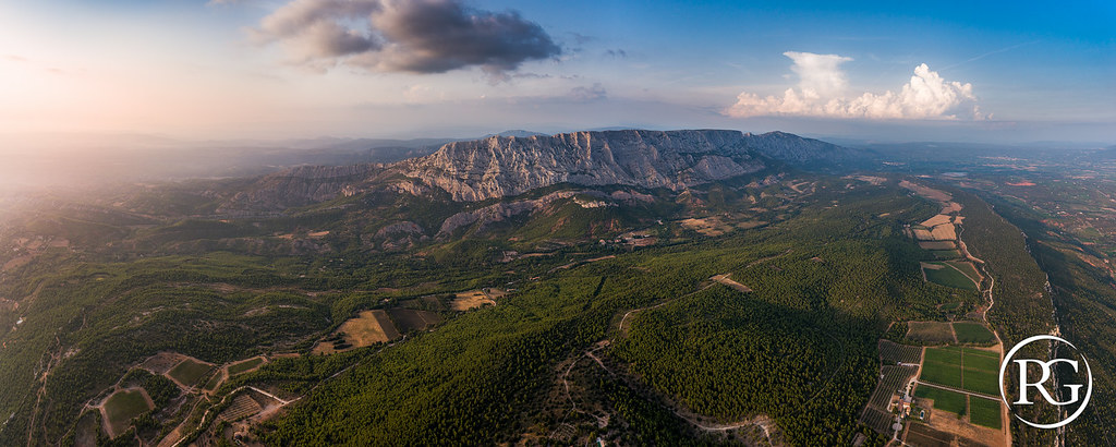 """Du Cengle au Pic: le massif Sainte-Victoire !"". Provence, France."