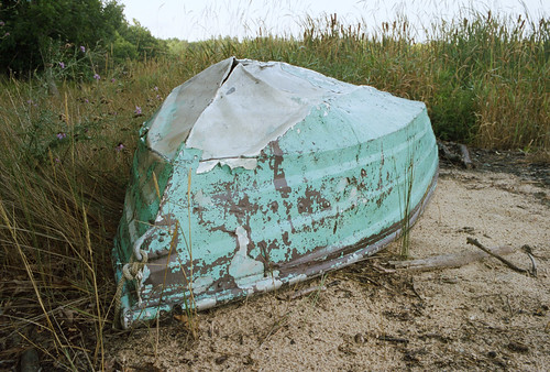 grass kodakporta400 sand old leicam6 dilapidated boat beaverisland film rowboat michigan unitedstates us pastel
