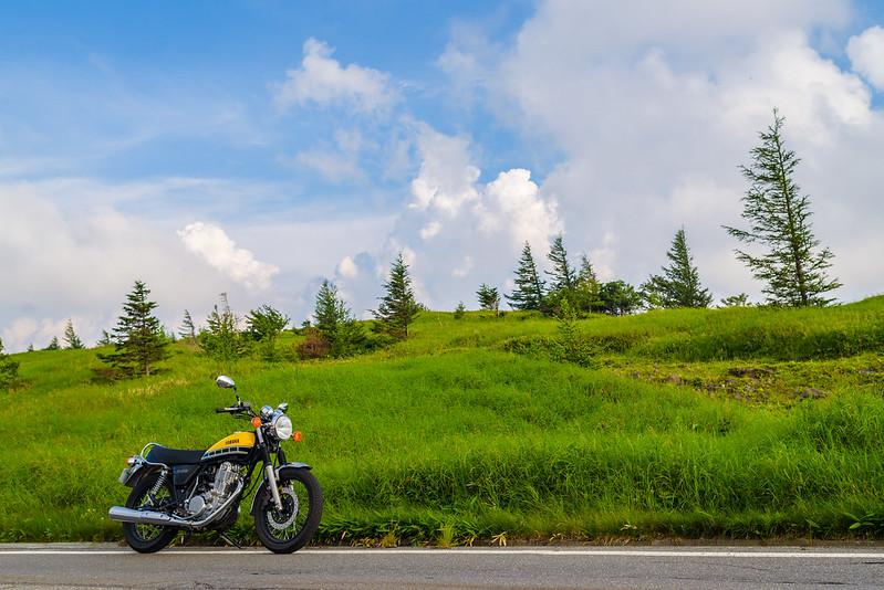 Roadside of Utsukushigahara Plateau