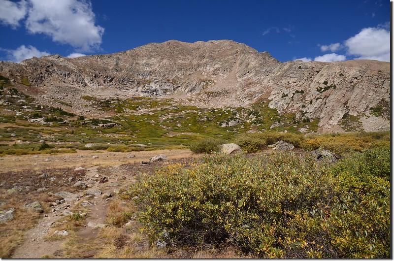 A flat platform terrain near 11,586 ft. (1)